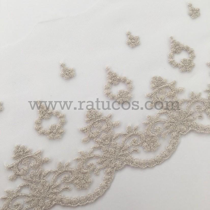 Puntilla de tul bordado de 14 cm de ancho. Serie Nala. Disponible en varios colores.
