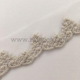 Puntilla de tul bordado de 2.5 cm de ancho. Serie Dara. Disponible en varios colores.