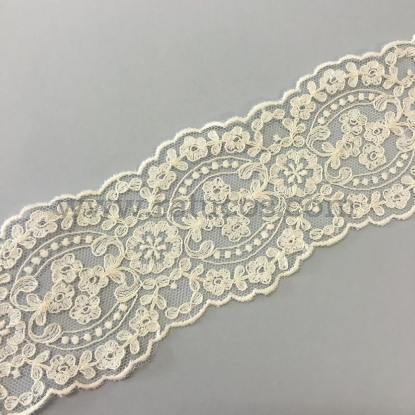 Entredos de tul bordado de 6.5 cm de ancho. Serie Isadora