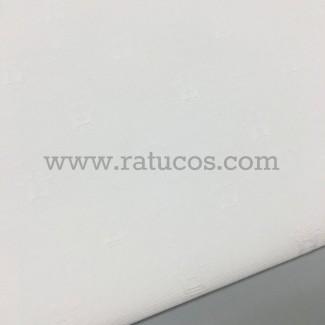 Tela de jacquard blanco con coronas. Tela de ancho 150 cm.