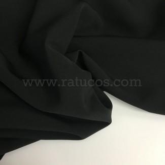 Tela de crepé con elastán en color negro