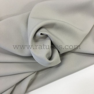 Tela de crepé con elastán en color gris perla