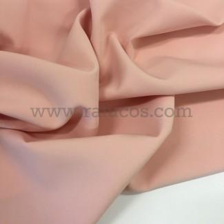 Tela de crepé con elastán en color rosa nude